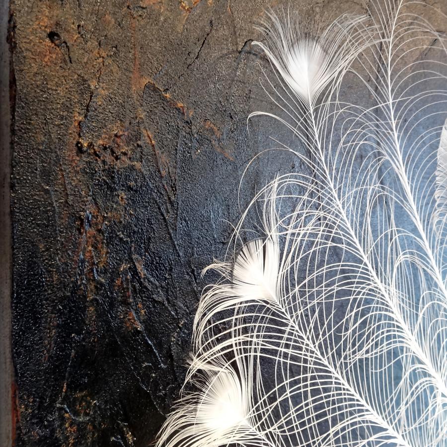 kunstwerk witte pauwenveren