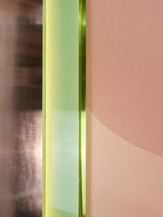Lichtobject Nude met plexiglas